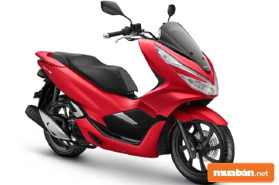 PCX 2019 vẫn được Honda để kế thừa thiết kế kéo dài và mượt mà từ phiên bản trước.
