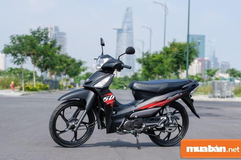 Elegant là mẫu xe máy 50cc SYM có khả năng chịu tải nặng tốt, giảm xóc êm ái