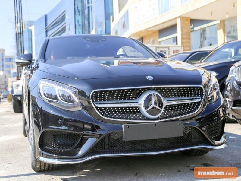 Những chiếc Mercedes mang tới ấn tượng về sự sang trọng và thượng lưu