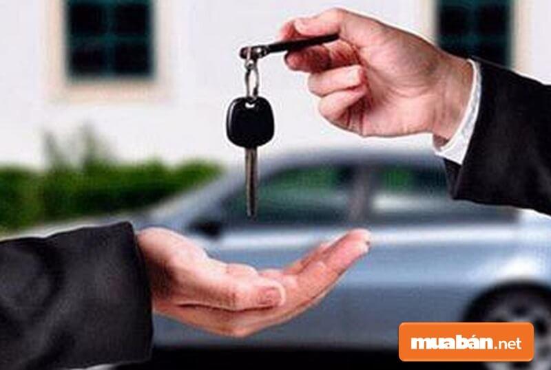 Hiện nay tất cả xe đăng ký mới hay sang tên đều sẽ lấy biển kiểm soát 5 số và lệ phí rất thấp.