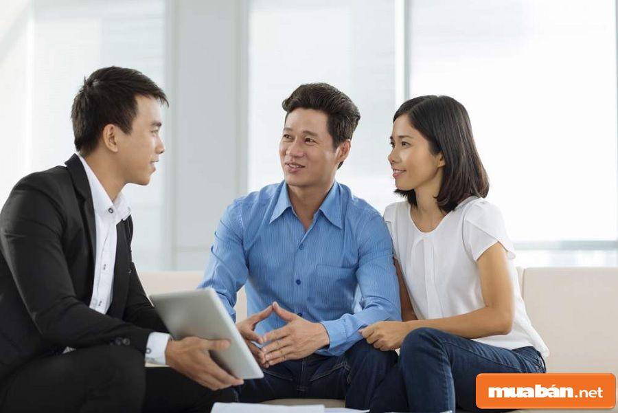 Bạn hãy trao đổi trực tiếp với chủ nhà thật kỹ các thông tin liên quan.