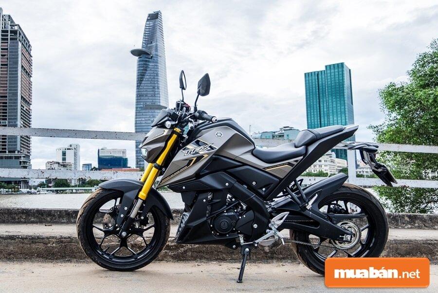 Yamaha TFX 150 có thước dài x rộng x cao là 1.955 x 795 x 1.065 mm.