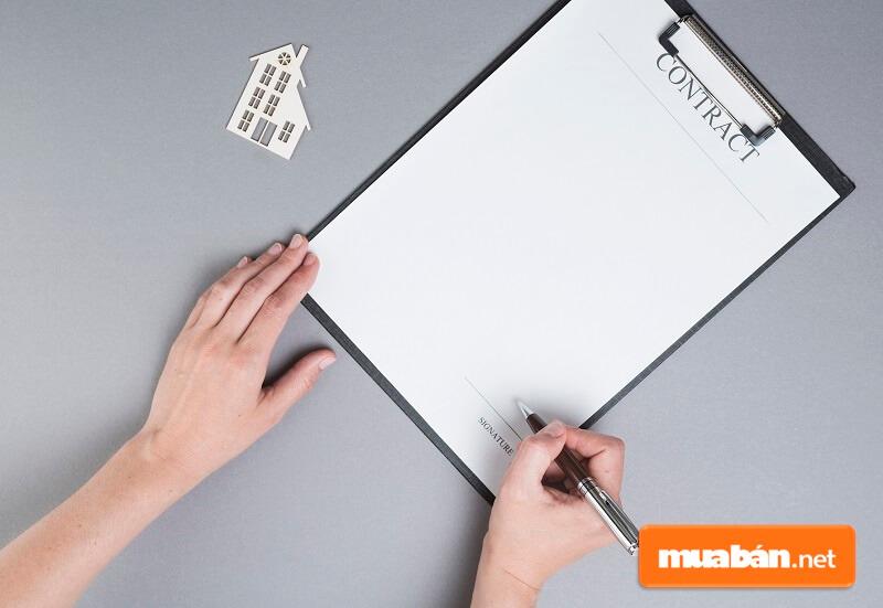 Mẫu hợp đồng thuê nhà phải có chữ ký của các bên tham gia hợp đồng thì mới có giá trị pháp lý.