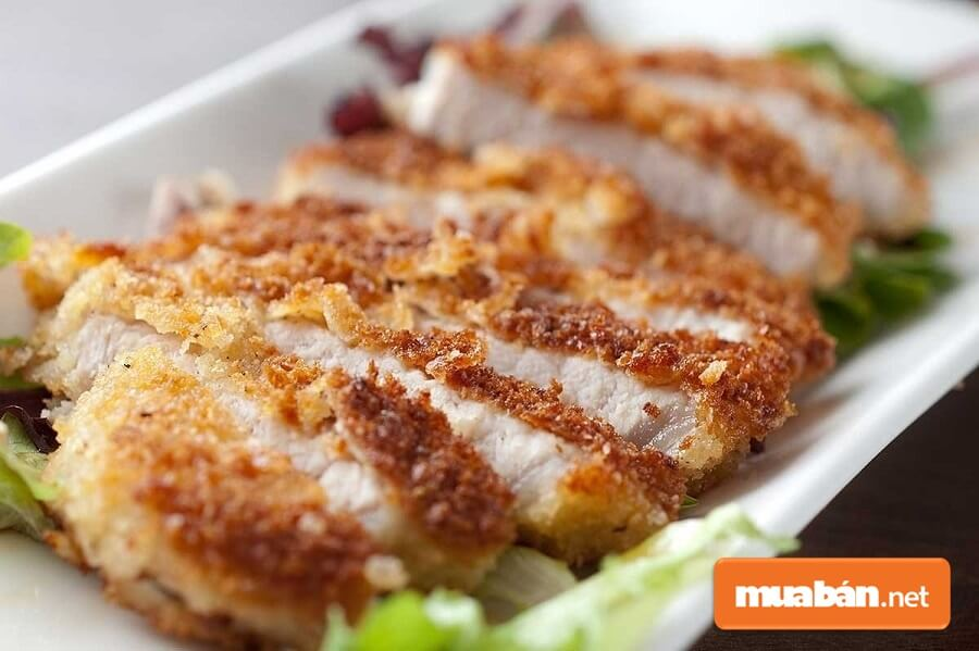 Những món ngon từ thịt lợn nạc chiên cũng rất được ưa chuộng.