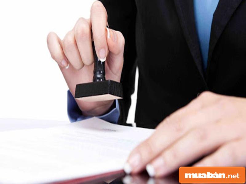 Việc công chứng giấy tờ mua bán xe là cần thiết