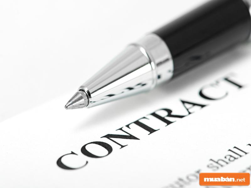 Đừng quên làm hợp đồng mua bán xe đầy đủ để bảo vệ quyền lợi của mình nhé!