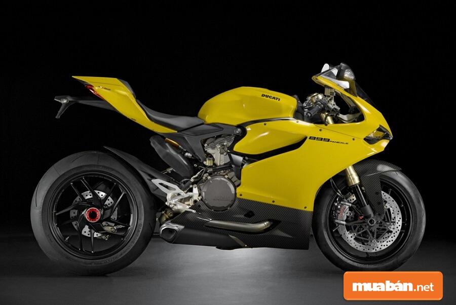 Xét tổng thể thì mẫu xe phân khối lớn Ducati 899 Panigale đẹp, nhẹ và mạnh mẽ.