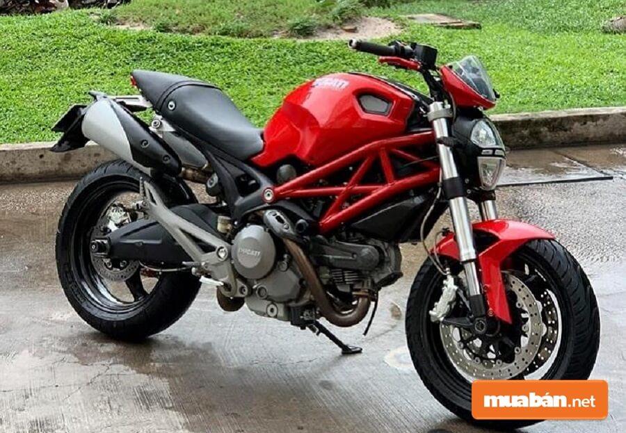 Ducati Monster 795 được trang bị khối động cơ 803 cc