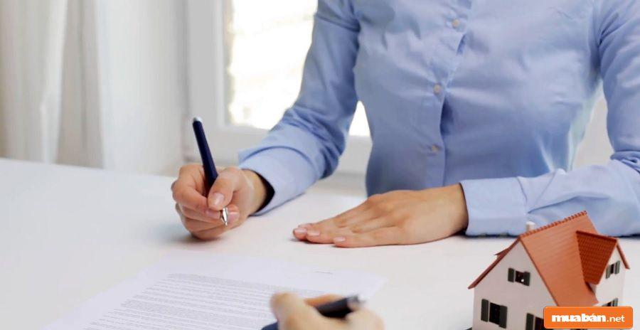 Hợp đồng sẽ là yếu tố nhằm đảm bảo quyền lợi của hai bên trước pháp luật.