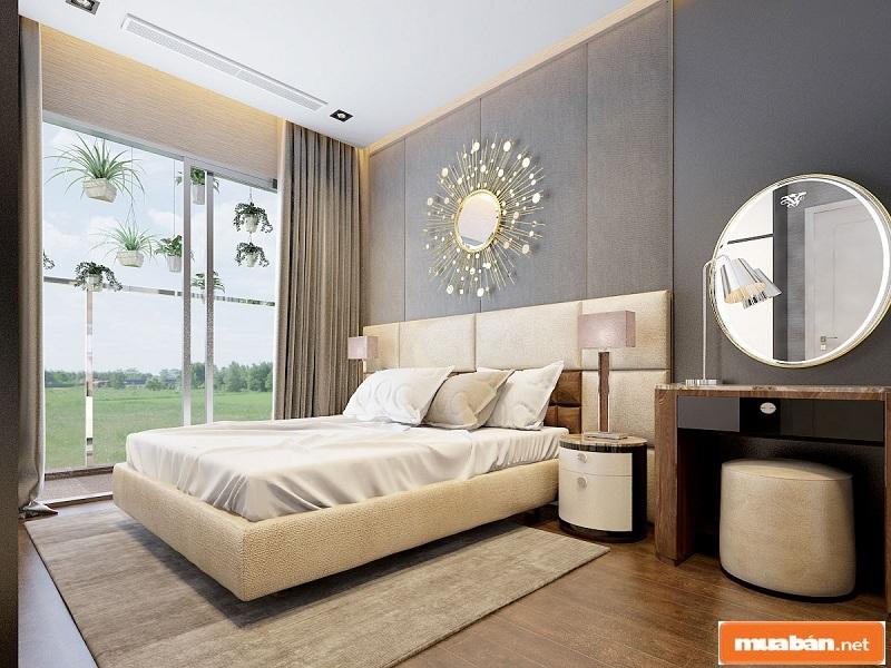 Phòng ngủ đẹp mắt, hướng ra ngoài là view sân vườn tuyệt đẹp