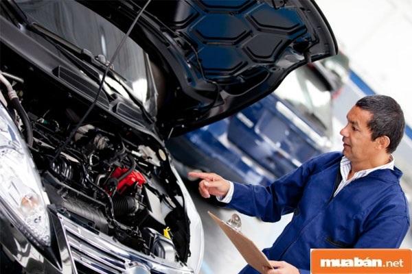 Học nghề sửa chữa ô tô chuẩn bài bản với những gợi ý sau