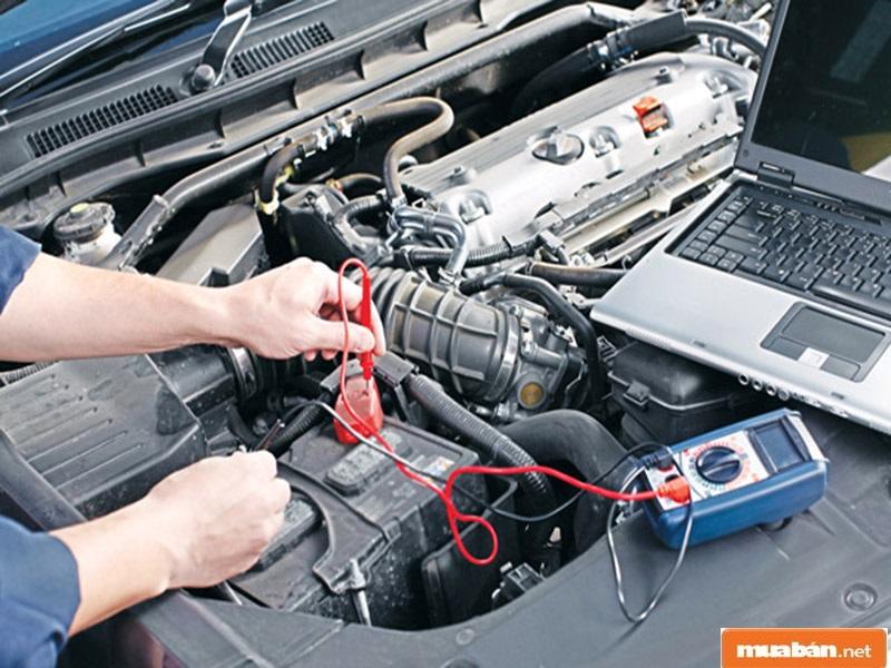 Học nghề sửa ô tô