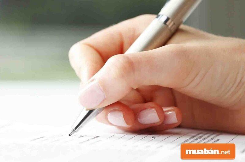 Sai phạm trong bản kiểm điểm cần trình bày chi tiết sự việc, mắc lỗi gì, thời gian nào,...