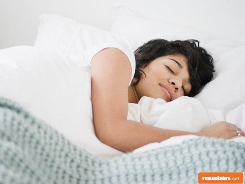 Ngủ từ 7 đến 8 tiếng là đủ giấc cho một người trưởng thành