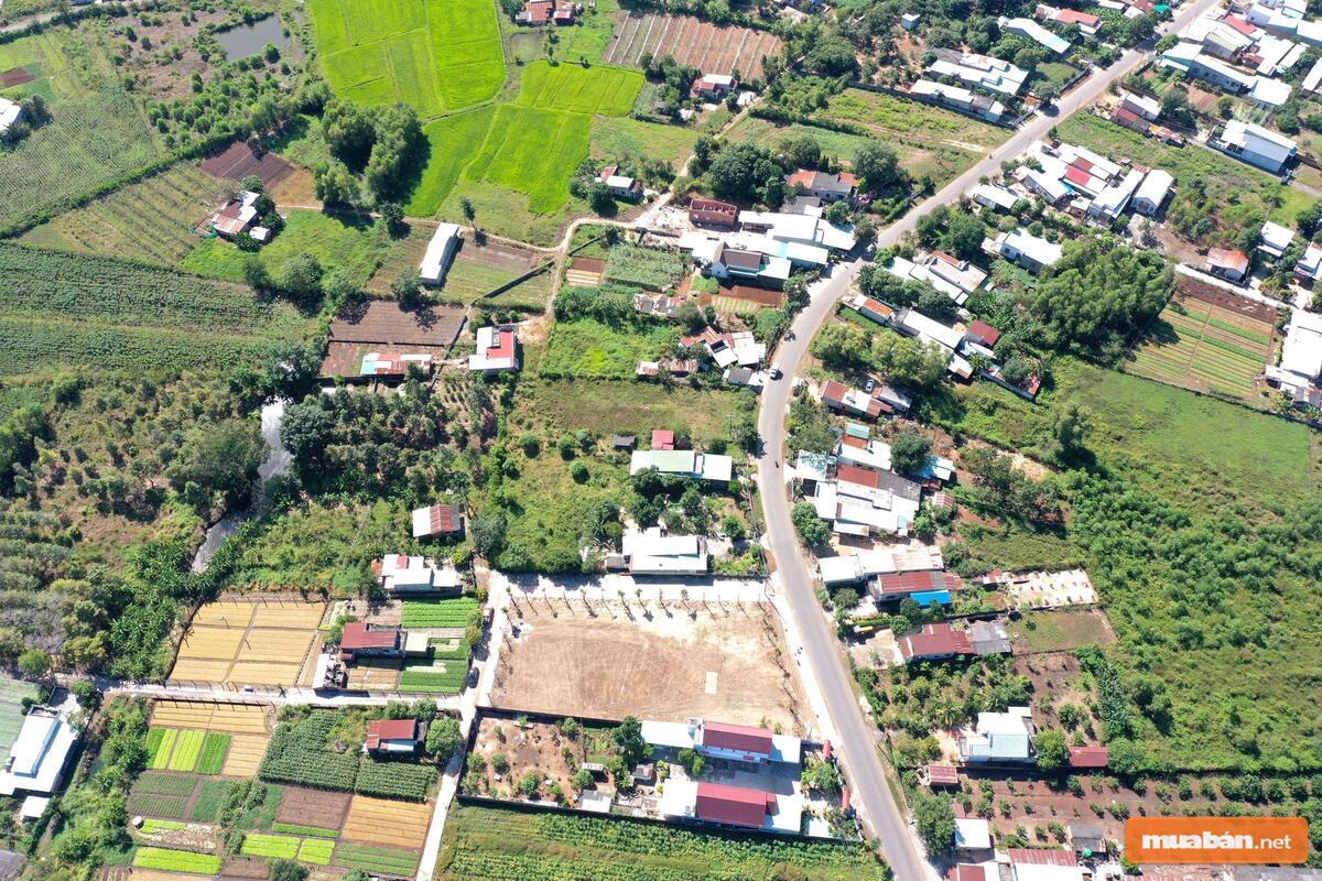 Giá đất ở mỗi khu vực sẽ khác nhau do đặc điểm cung cầu của thị trường