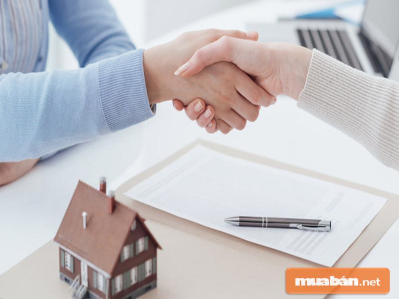Bạn cần chú ý đến những thành phần cần có trong giấy đặt cọc mua nhà