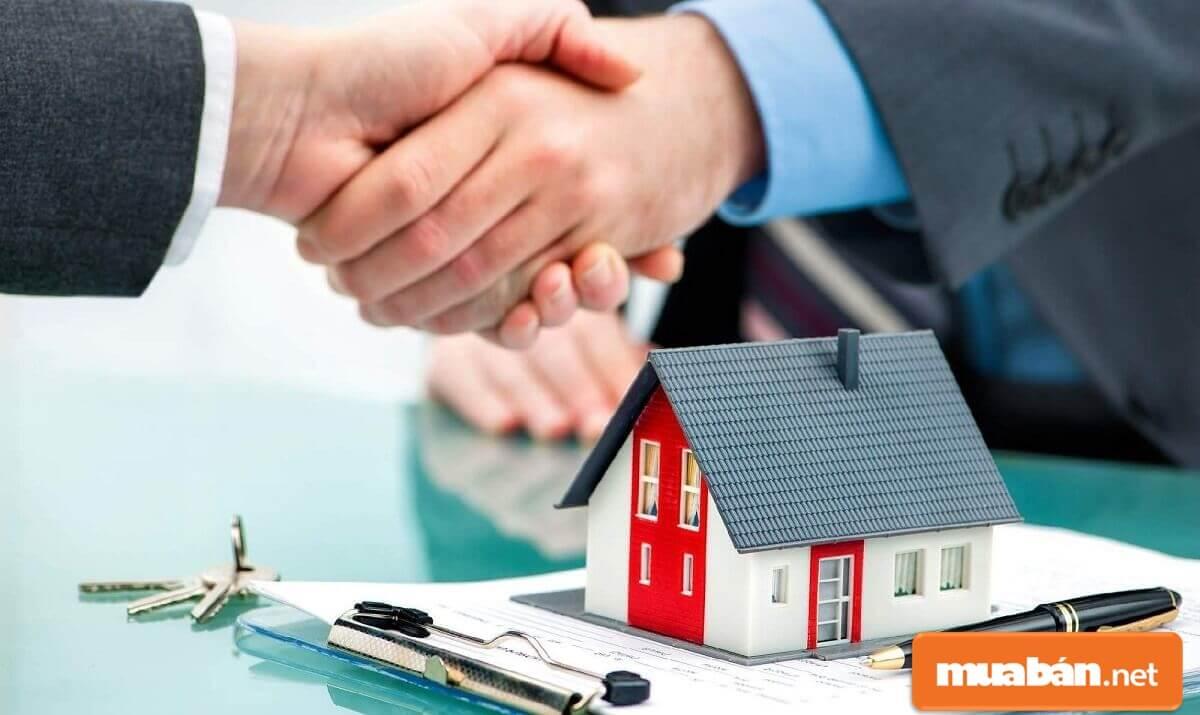 Hợp đồng mua bán nhà chung cư cần rõ ràng, minh bạch, hợp pháp.