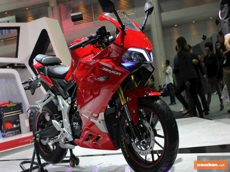 Moto GPX Demon 150 GR 2018