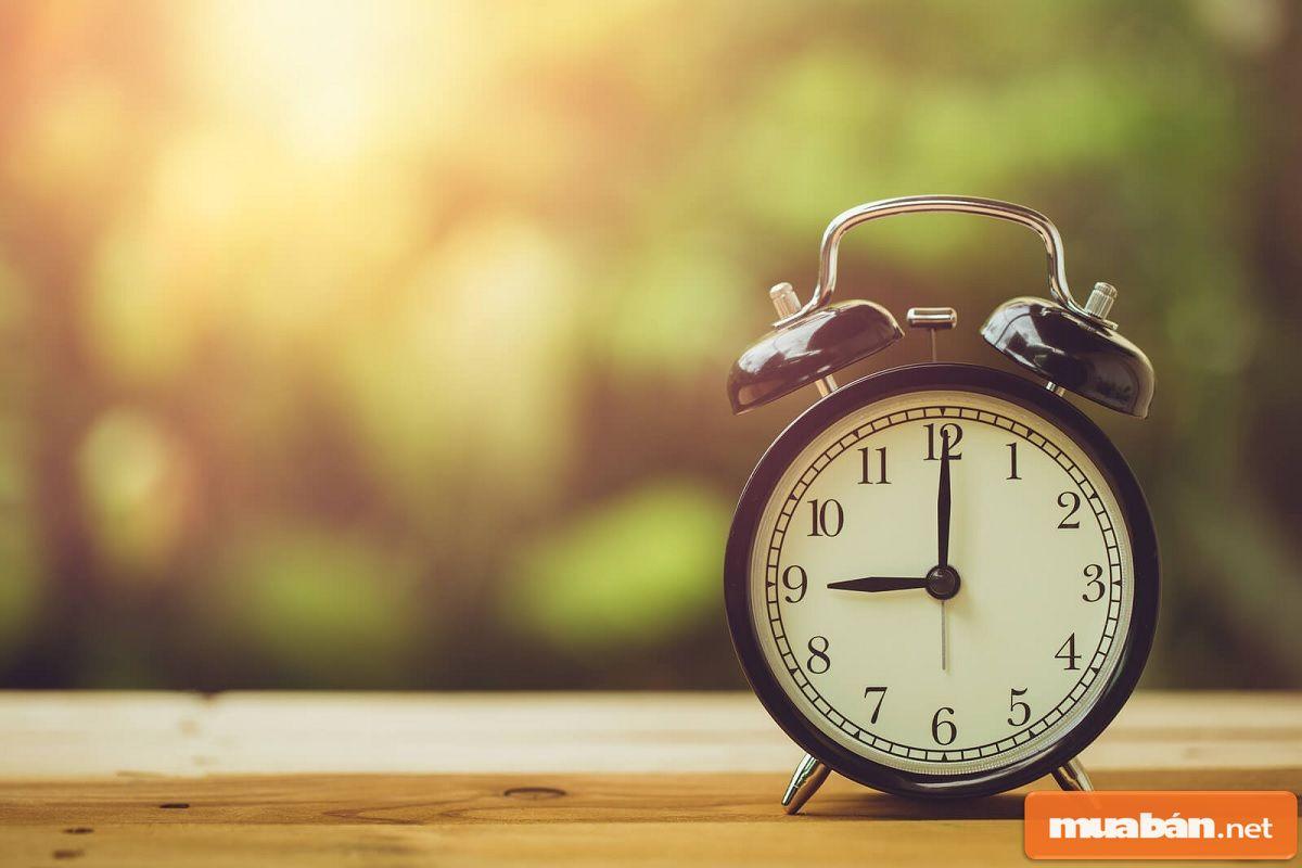 Thời gian nộp báo cáo chậm nhất là 90 ngày từ ngày kết thúc năm tài chính.