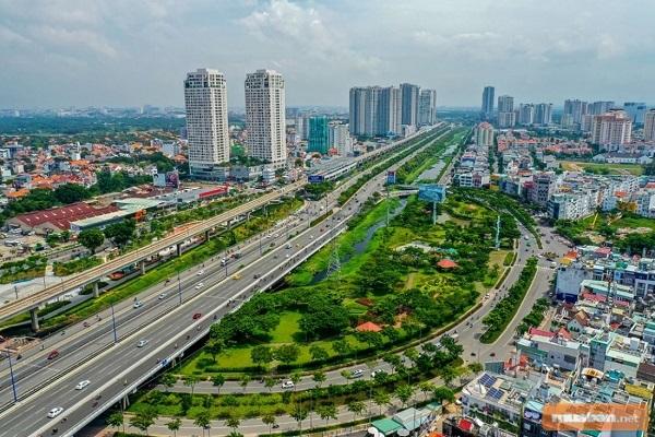 Thành phố phía Đông có ảnh hưởng mạnh mẽ tới nền kinh tế
