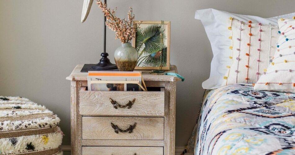 Tab đầu giường là gì? Hướng dẫn chọn tab đẹp, phù hợp với phòng ngủ