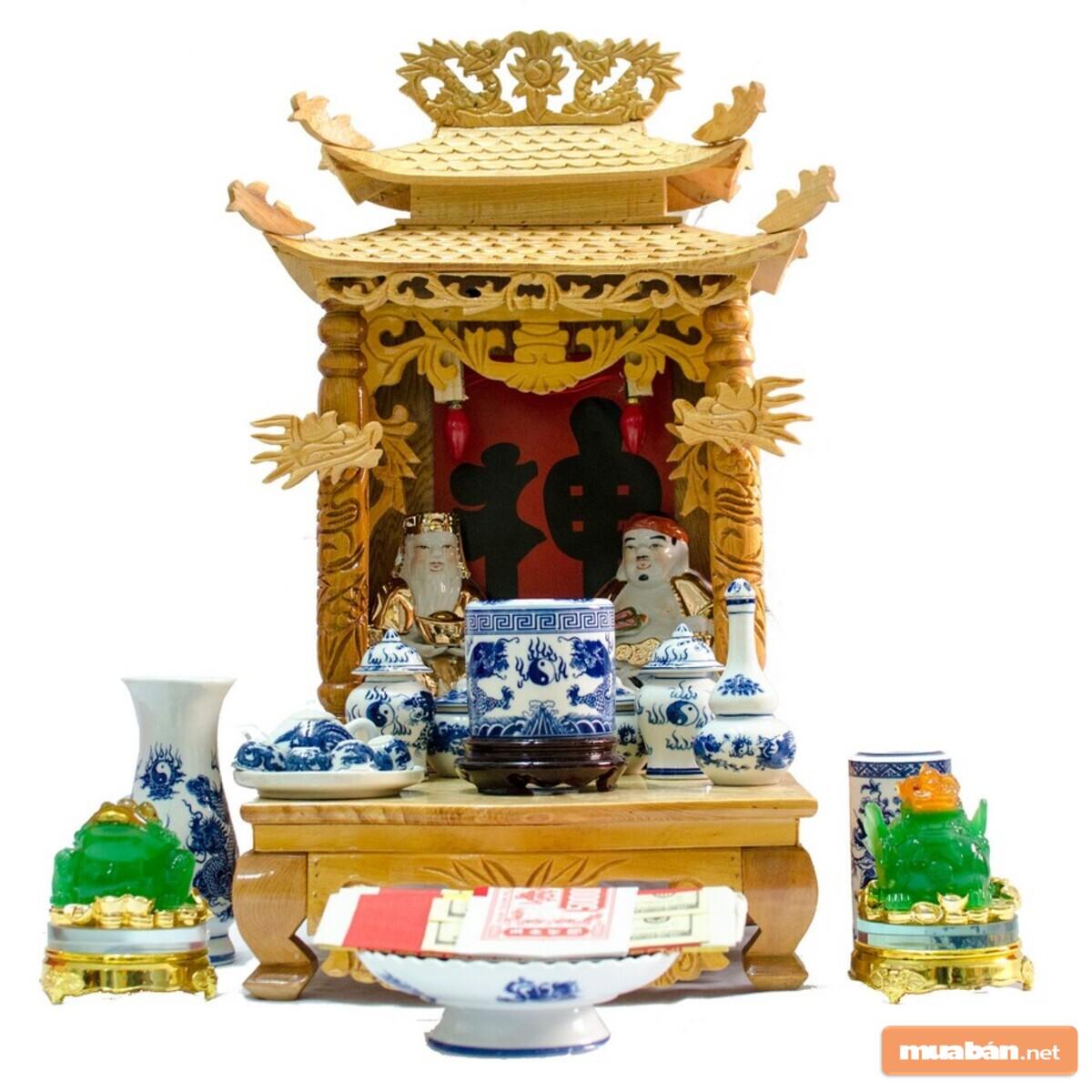 Bàn thờ Thần Tài giúp người kinh doanh thu hút nhiều tài lộc