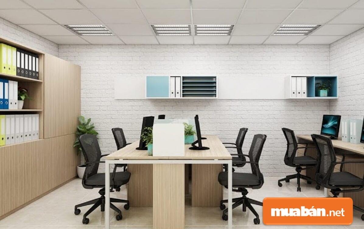 Sắp xếp nội thất văn phòng gọn gàng