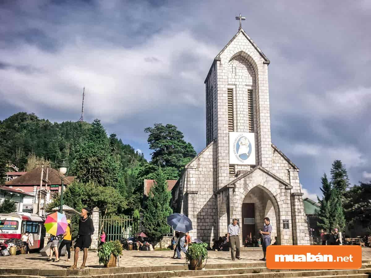 nhà thờ sapa phong cách gothic