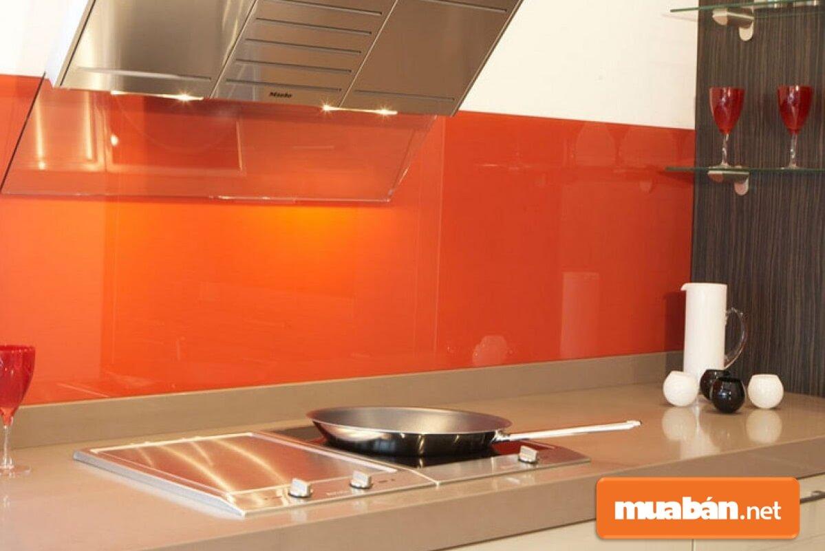 Kính laminate thích hợp dùng trong nhà bếp