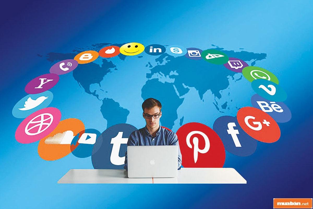 Mạng xã hội là 1 trong những kênh tuyển dụng xu hướng hiện nay