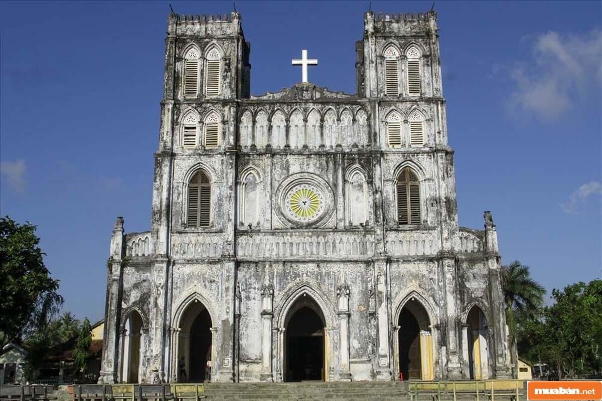 Nhà thờ Mằng Lăng tại Phú Yên